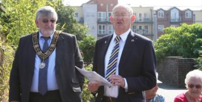 TGhe Mayor and Arthur Jeffery at Town Quay Park. Copyright Ann MacGillivray 2013