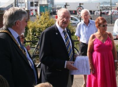 The Mayor, the chairman Arthur Jeffery and guests at Town Quay Park. Image Ann MacGillivray copyright 2013