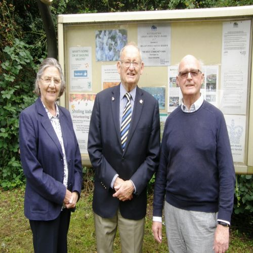Marian Hubble, Arthur Jeffery and Brian Sefton at the Millers Pond award ceremony. Image Surender Sharma
